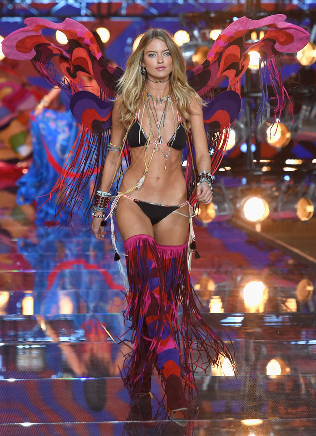Victoria's Secret Fashion Show 2015 34