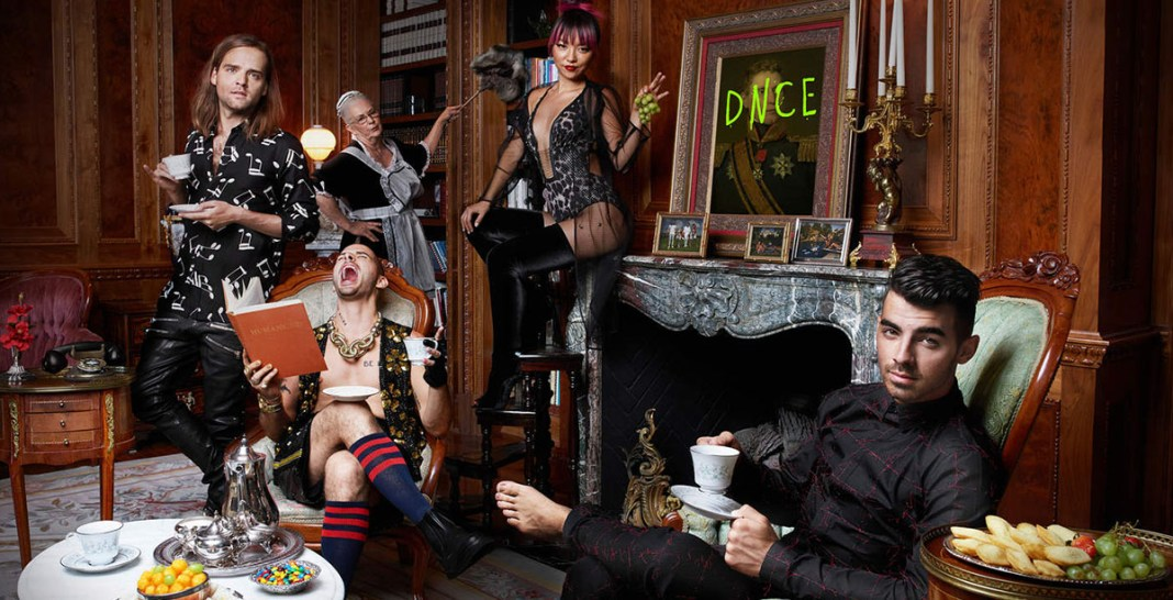 DNCE (official album cover 2016) - Hit Channel