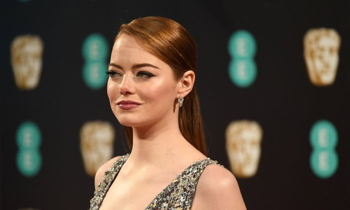 BAFTA Awards 2017 - Emma Stone (1) - Hit Channel