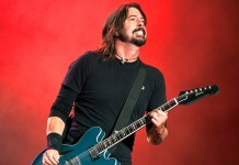 Foo Fighters (Dave Grohl) - live - Hit Channel