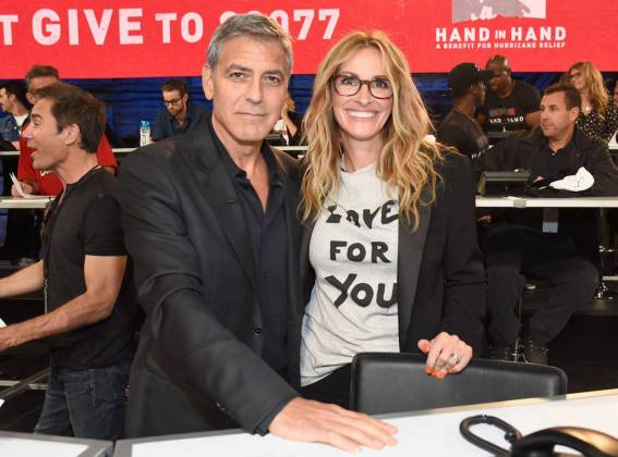 George Clooney - Julia Roberts - Hand in Hand - Hit Channel