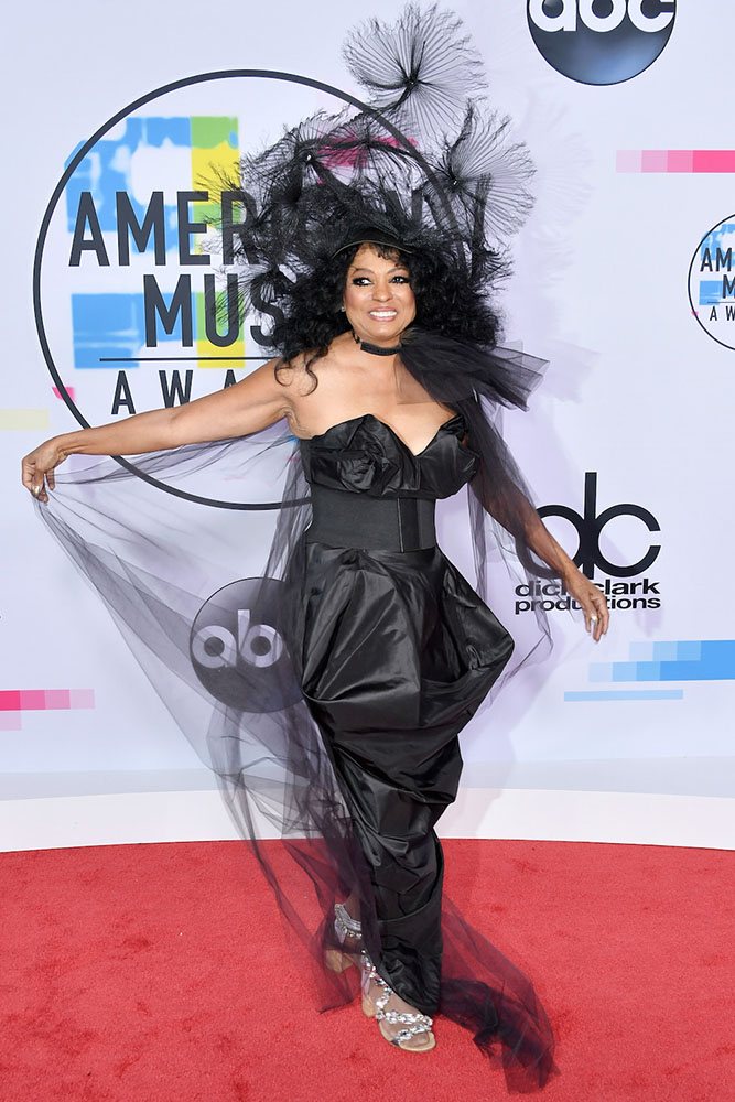 DIANA ROSS - RED CARPET - AMERICAN MUSIC AWARDS - AMAs 2017 - Hit Channel