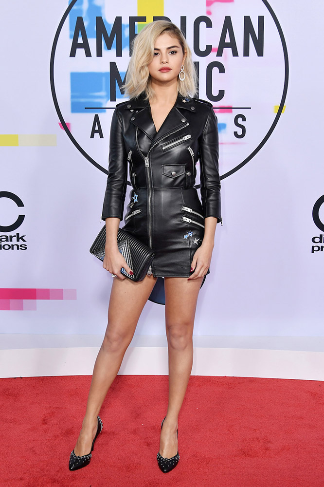 Selena Gomez - American Music Awards - AMAs 2017 - red carpet - Hit Channel