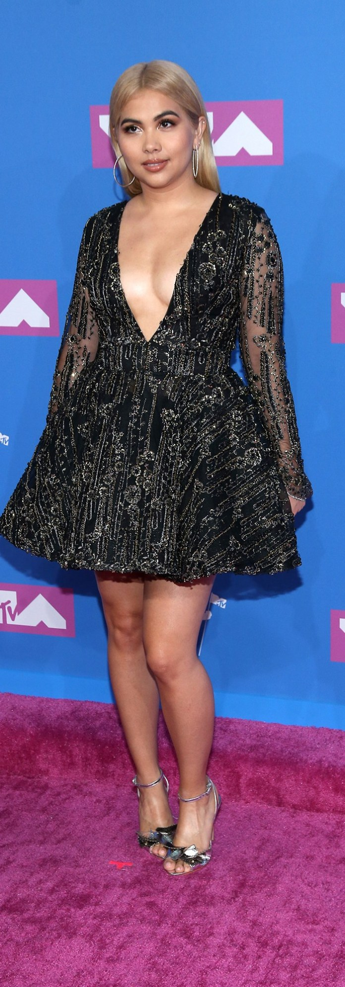 mtv-video-music-awards-vma-2018-red-carpet-hayley-kiyoko