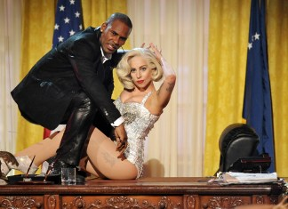R Kelly - Lady Gaga - Do What U Want (With My Body) - American Music Awards - Hit Channel