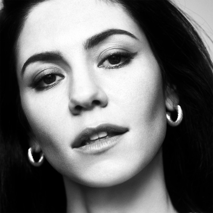 Marina Diamandis - Marina and the Diamonds - Hit Channel