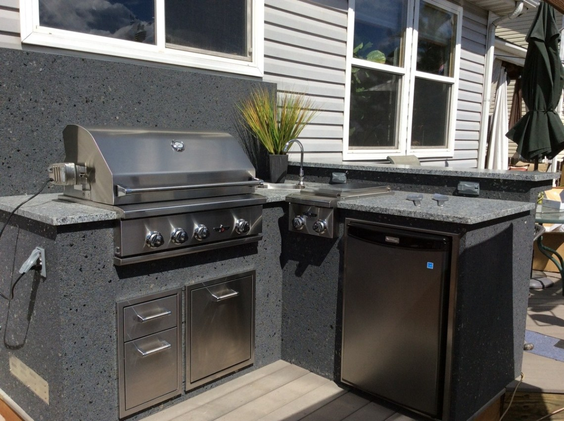 Outdoor kitchens hi tech appliance - Outdoor kitchen appliances ...
