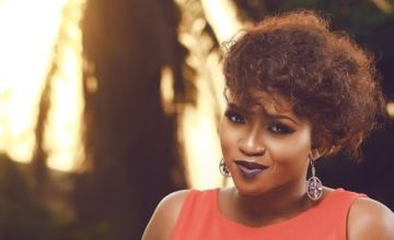 """""""Waje Is Not Broke, She's A Liar And Doesn't want To Work Hard"""" – Fans React To Waje's Viral Video"""