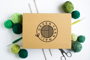 green yarn mail