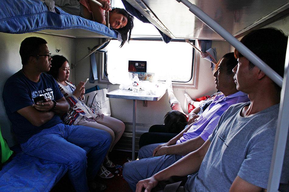 Les sièges durs dans les trains en Chine