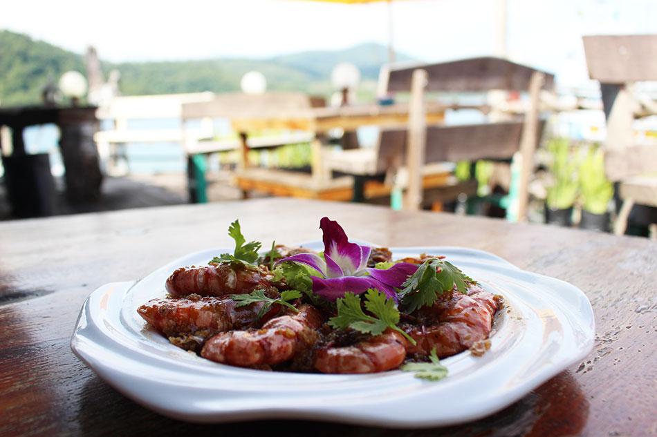 Le restaurant Chonticha est une bonne adresse de fruits de mer à Koh Kood en Thaïlande.