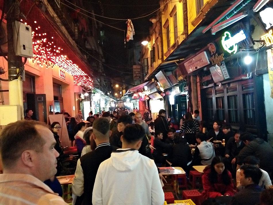 Lexique du voyage au Vietnam - B comme Bia Hoi