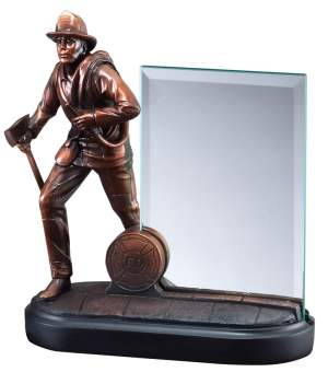 RFB064 Firefighter Statue With Glass Engraving Plate