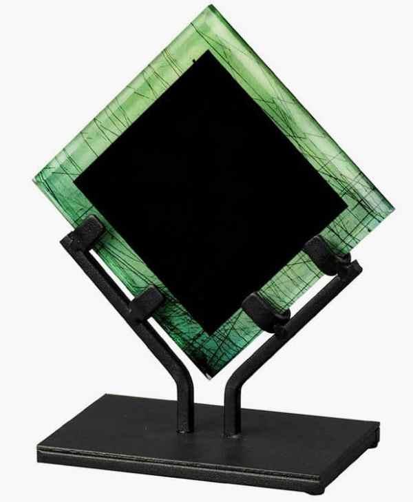 VPX811H-A-GN Green Acrylic Art Award