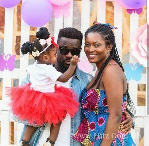 Watch – Sarkodie teaches Titi new words in this adorable video