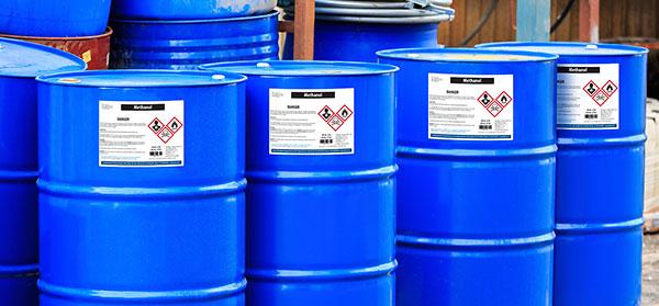 Le bac de rétention : un bon contenant pour les produits dangereux ?
