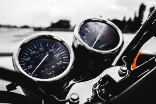 automobil-fahrzeug-geschwindigkeit-115145