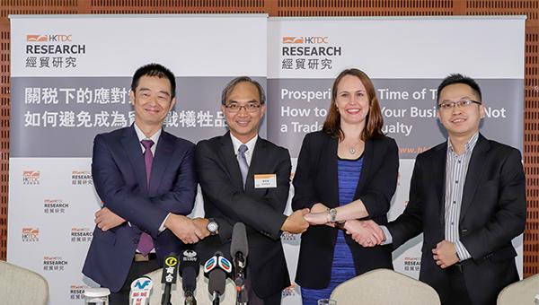 左起: 陳廣生, 關家明, 莎希文, 李知行