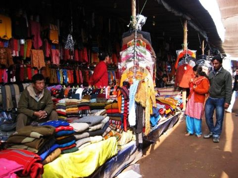 5 Best Ways to Bargain in Kasualis Tibetan Market - Hello Travel Buzz