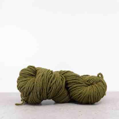 Waverly Needlepoint Knitting Wool – Color 5042