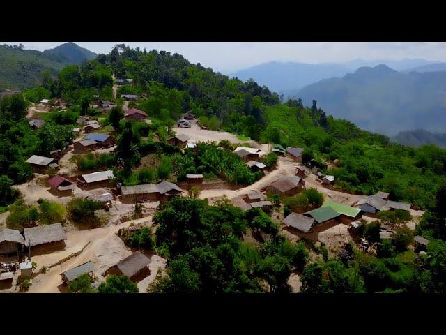 Zos hmoob tsua tho zos toj siab chaw tshua /around the Hmong old village of Laos by drone mavic pro