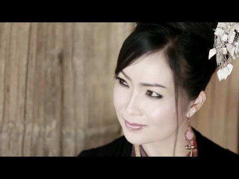 """""""Nkauj Ntos Ntaub"""" Part 2.4 Hmong Movie ~ Maiv Xyooj (Released 2014)"""