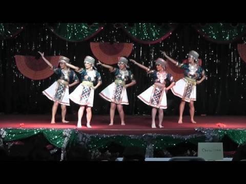 Nkauj Hmoob Pem Suab - Fresno New Year Dance Comp (Round 1) 2011-2012
