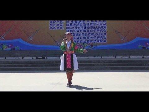 Hais Lus Txiaj Hmoob - Traditional folk songs of the Hmong people