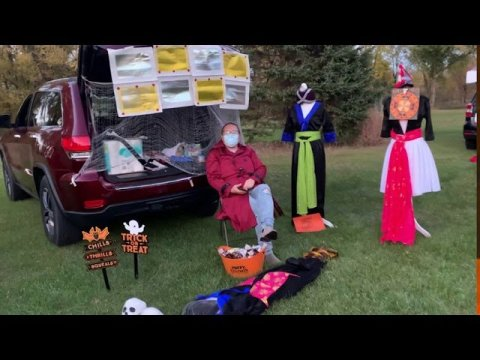 Thov qob noom dab! Hmong trunk or treat. FUNERAL THEME. Halloween 2020 trunk or treat.