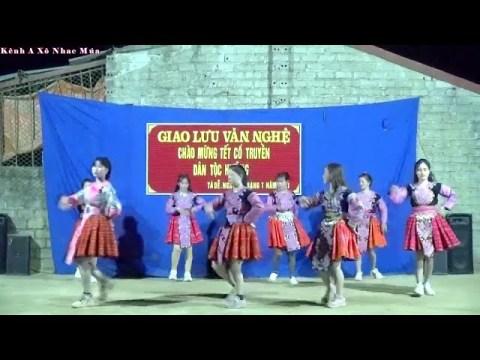 Nkauj Hmoob Lúng Xã, Seev Cev Zoo Siab Yug Log yog Hmoob A Xô