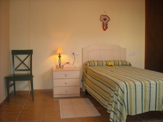 sanamantra dormitorio 2