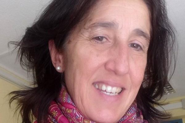 Eloísa Larrea, mujer enseñante en acción