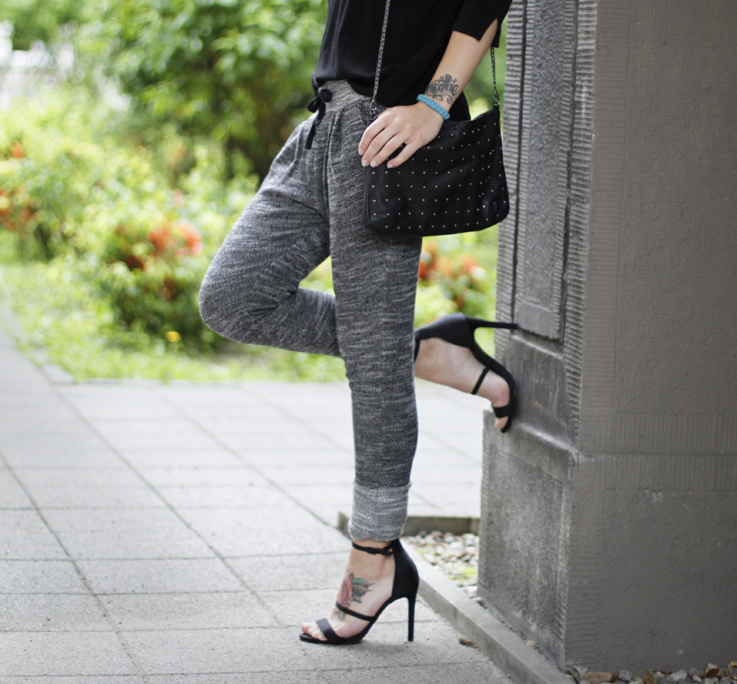 Outfit jogging pants and high heels. u2013 Hoard of Trends