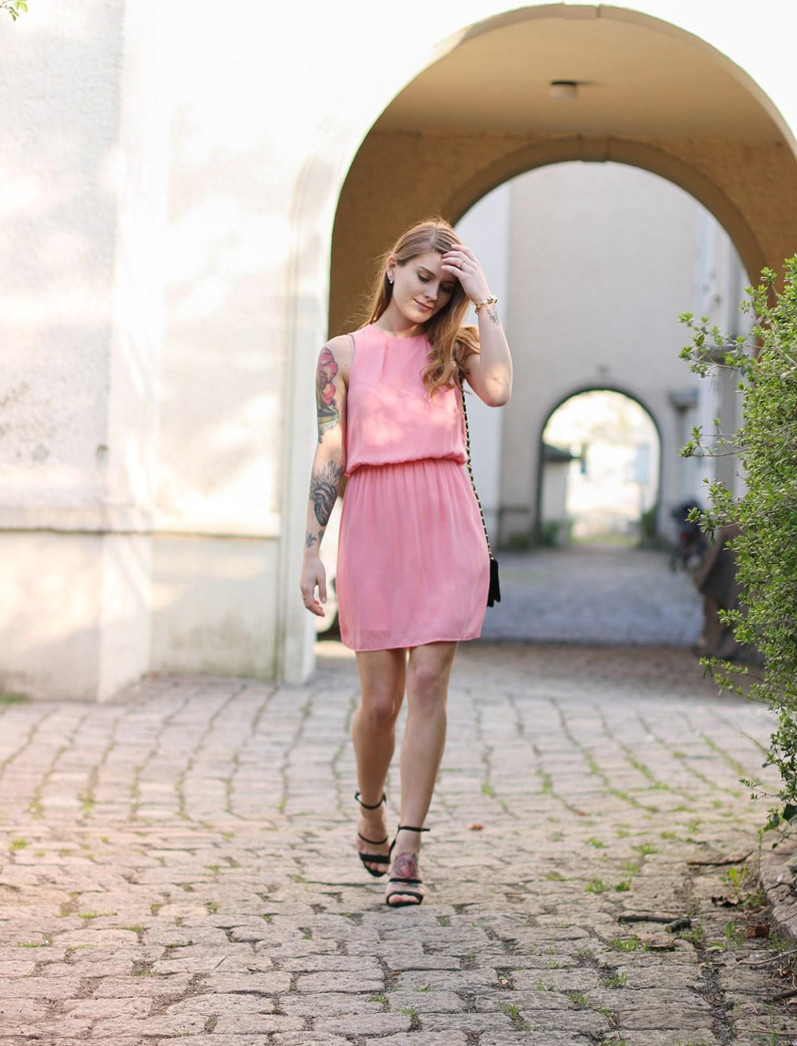 Pink_Dress_1