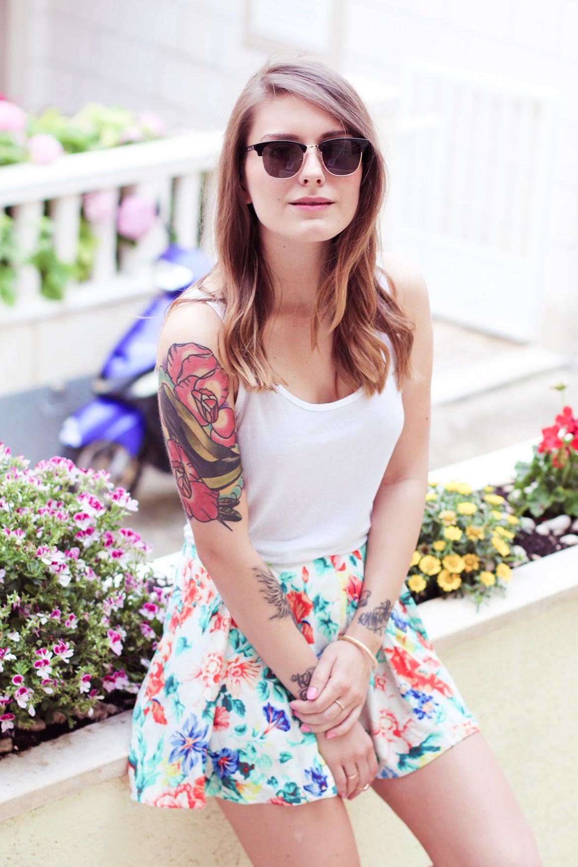 Floral_Short_Suit_3