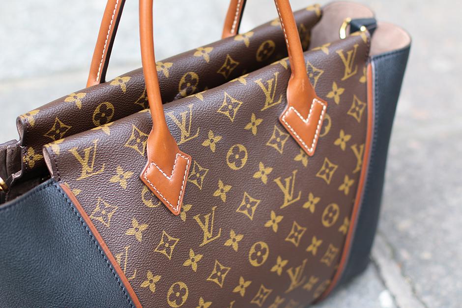 Louis_Vuitton_W_Bag_3
