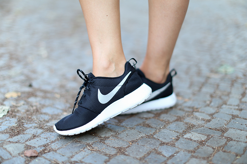 Black_White_Nike_9