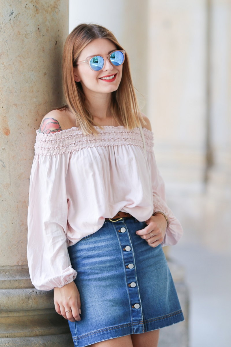 Off_Shoulder_Denim_Skirt_4