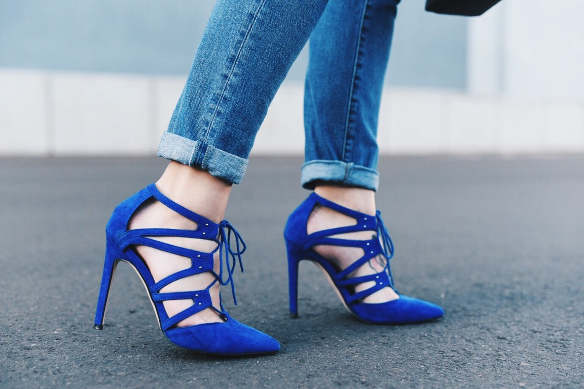 Blue_Shoes_7