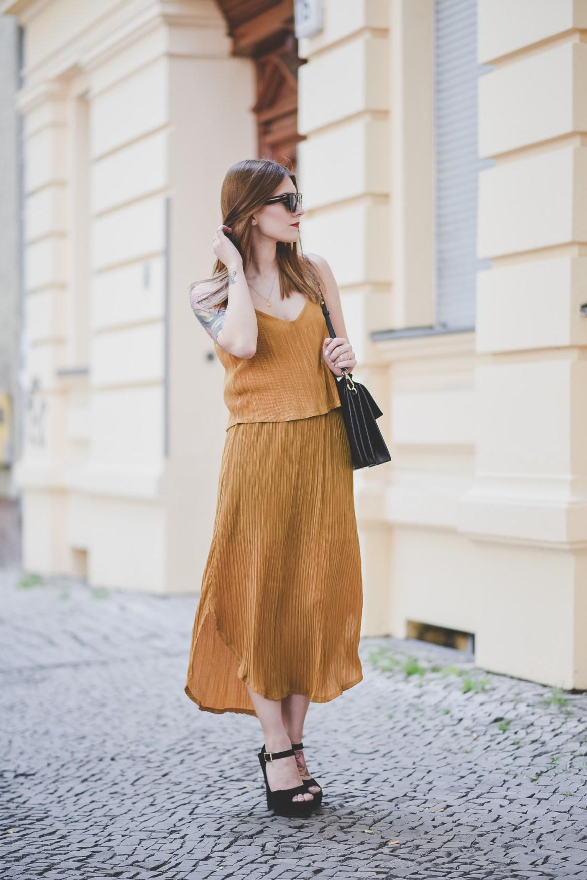 Golden_Summer_Dress_4