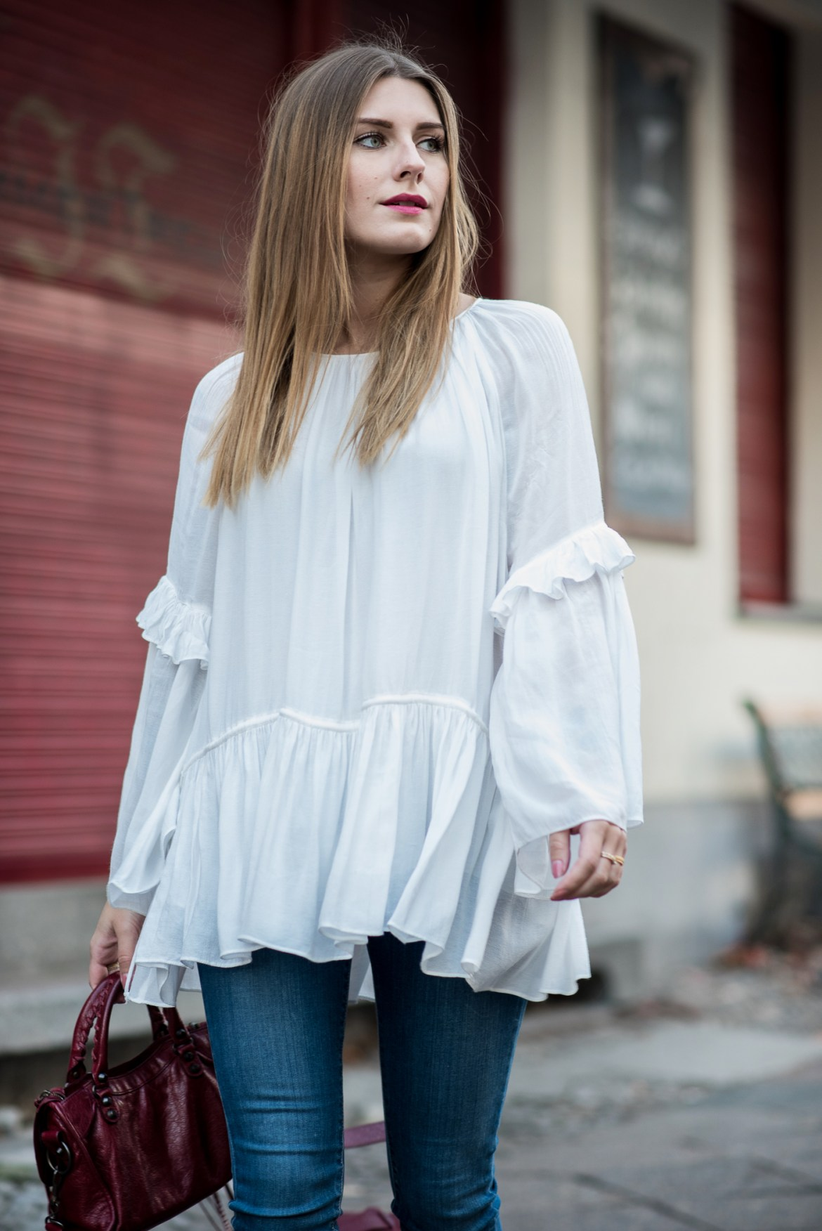 burgundy_outfit_balenciaga_bag_5
