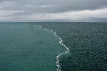 Picture of Merging Oceans - Where Two Oceans Meet