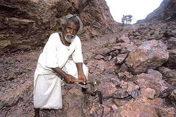 Picture of Dashrath Manjhi - Man Who Moved a Mountain