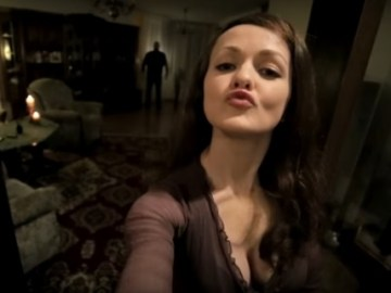 Picture of Ghost Caught on Cellphone While a Woman was Taking Selfie for Her Boyfriend