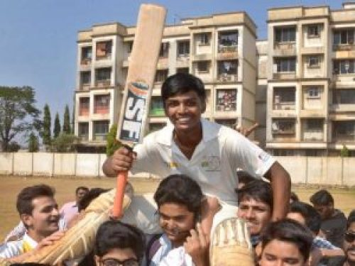 Picture of Pranav Dhanwade after his World Record Knock