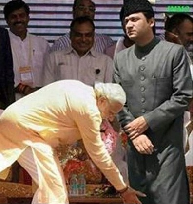 Image about Narendra Modi Touching Feet of Akbaruddin Owaisi