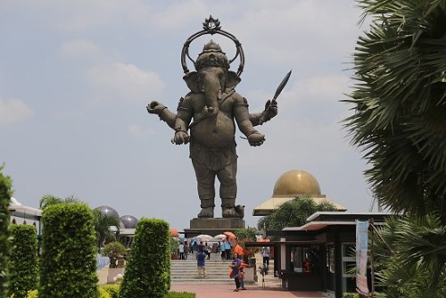 Image of 30 meter tall standing Ganesha statue in Thailand