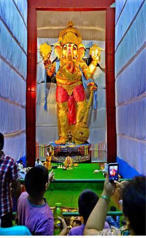 Image of 111-feet Tallest Ganesha idol in 2015 in Andhra Pradesh
