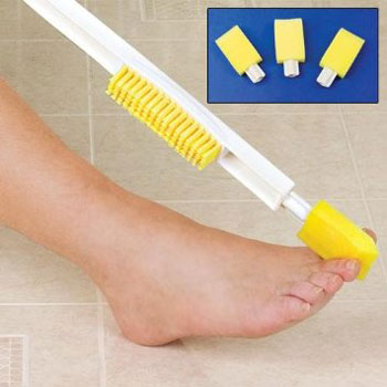 Foot-Cleaning-Brush