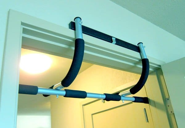 doorway pull-up bar for the home